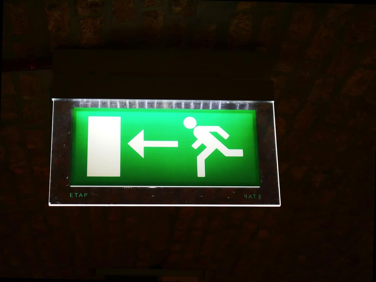 instalar-luces-de-emergencia
