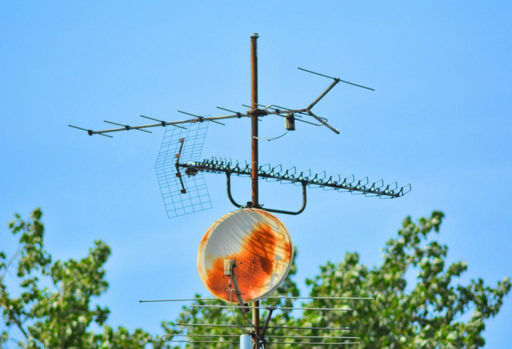 reparar-antena-parabolica-elecnor