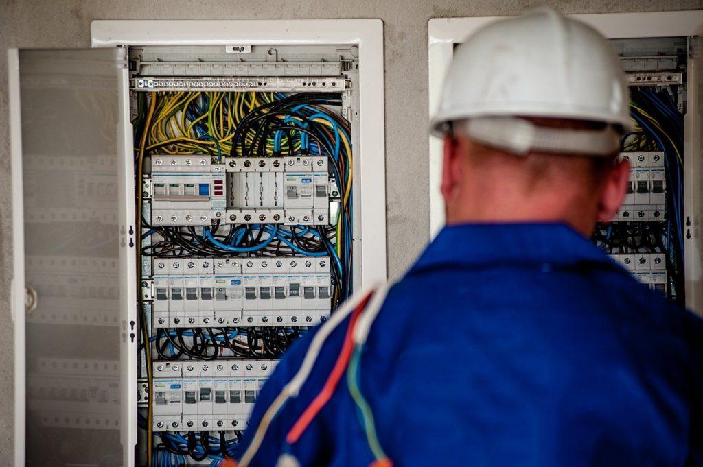 empresa-instalaciones-electricas-elecnor